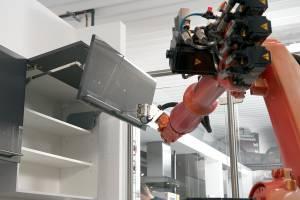 Robot Testimas Seinakappi